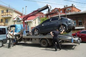 Могут ли за отсутствие страховки эвакуируют машину