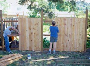 Перенести забор на даче