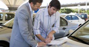 Обязан ли перекупщик оформить машину на себя