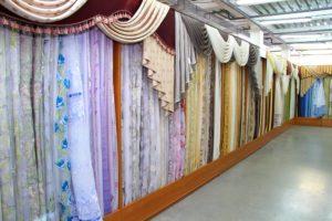 Можно ли вернуть готовые фабричные шторы в магазин по закону