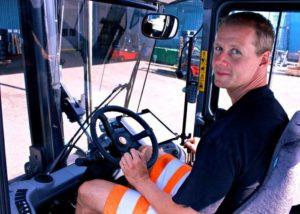Вождение трактора без прав