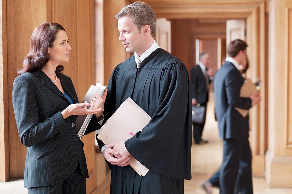 Конфликт интересов представителя в суде